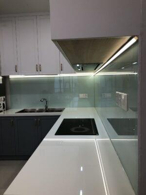 Hình ảnh thực tế nội thất tủ bếp anh khương căn hộ Emerald Tân Phú ảnh 08