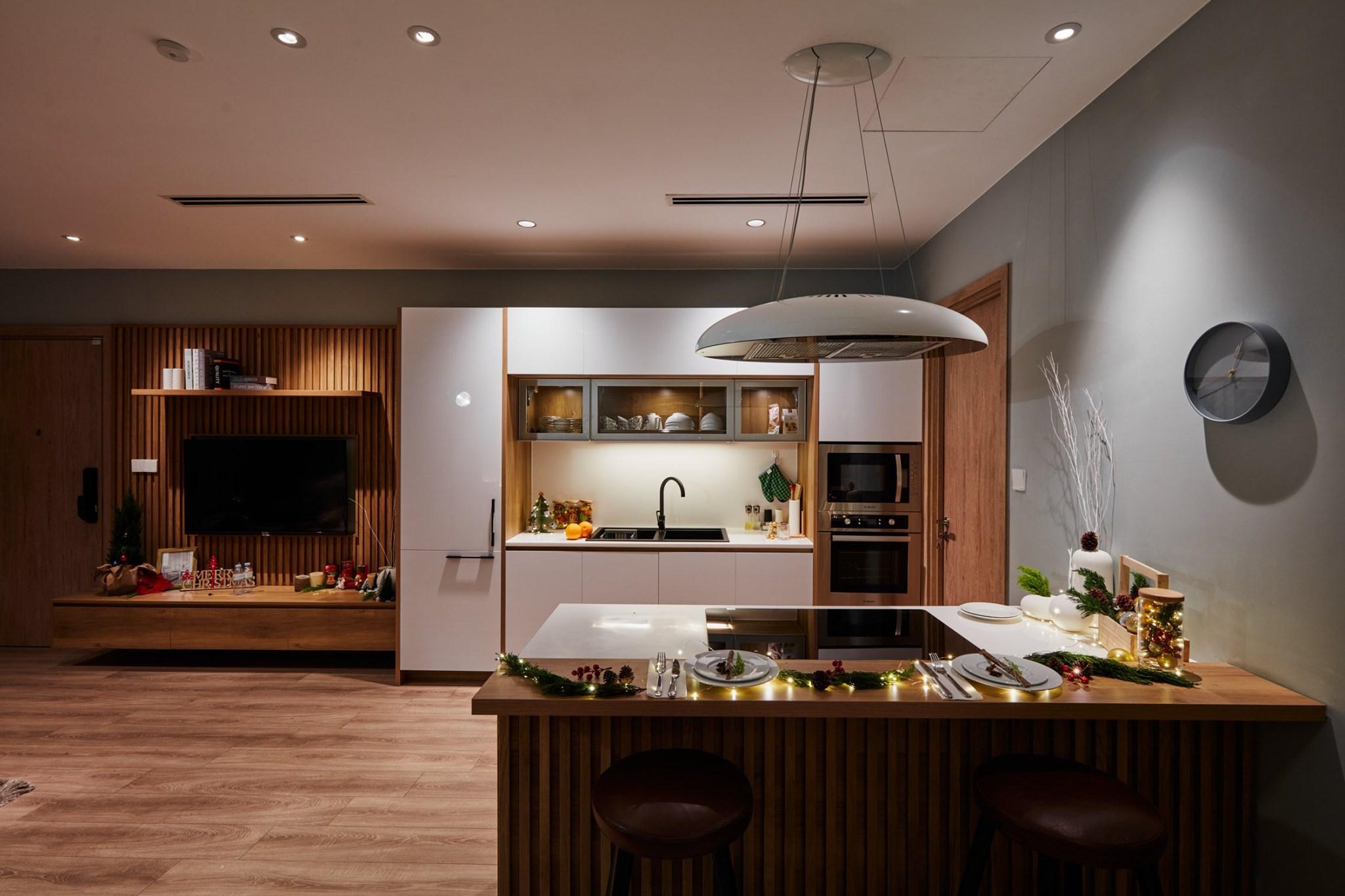 Mẫu tủ bếp song song bằng acrylic đẹp